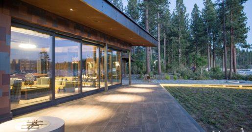 Corner meet lift & slide door unit Lake Tahoe, Nevada exterior view